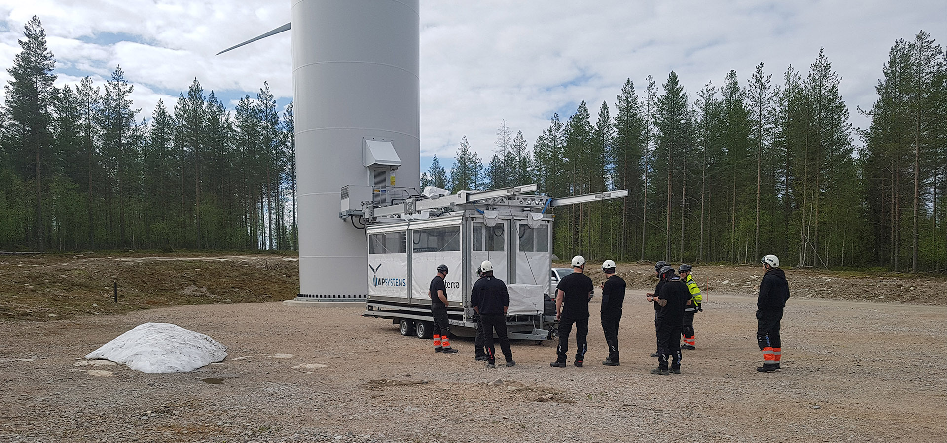 Rotor blade access system terra 1.1 - training must be completed before using the new system.
