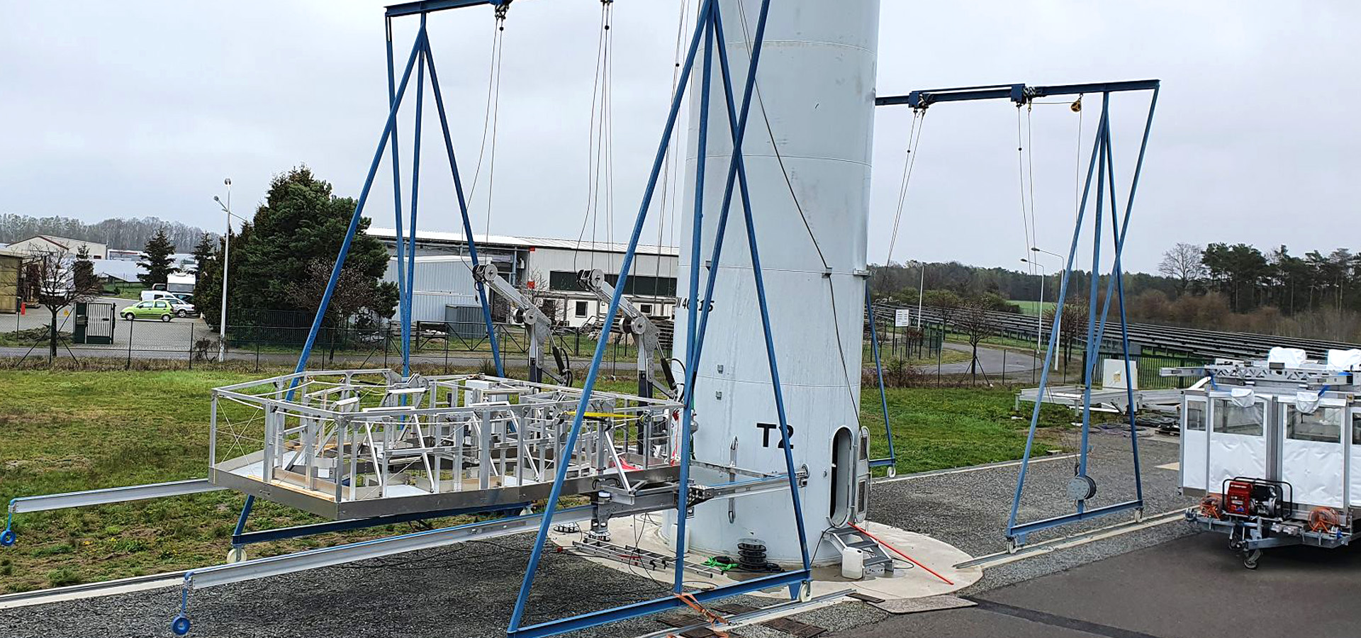 The System terra basic hangs at the test centre in Ruhland.
